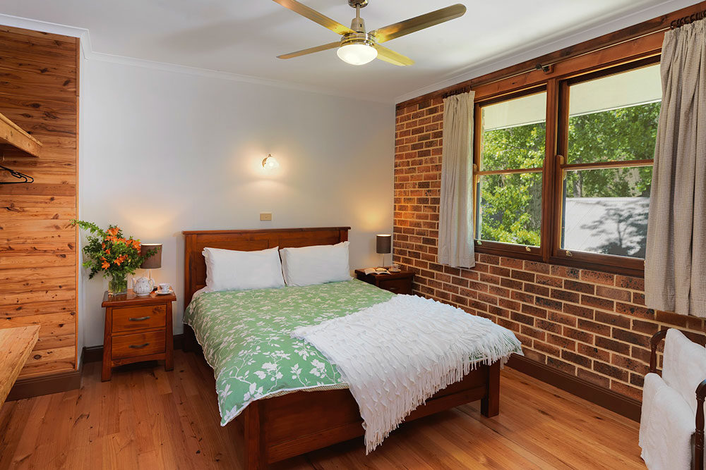 Cedar Creek Cottages, Hunter Valley Accommodation Cottages